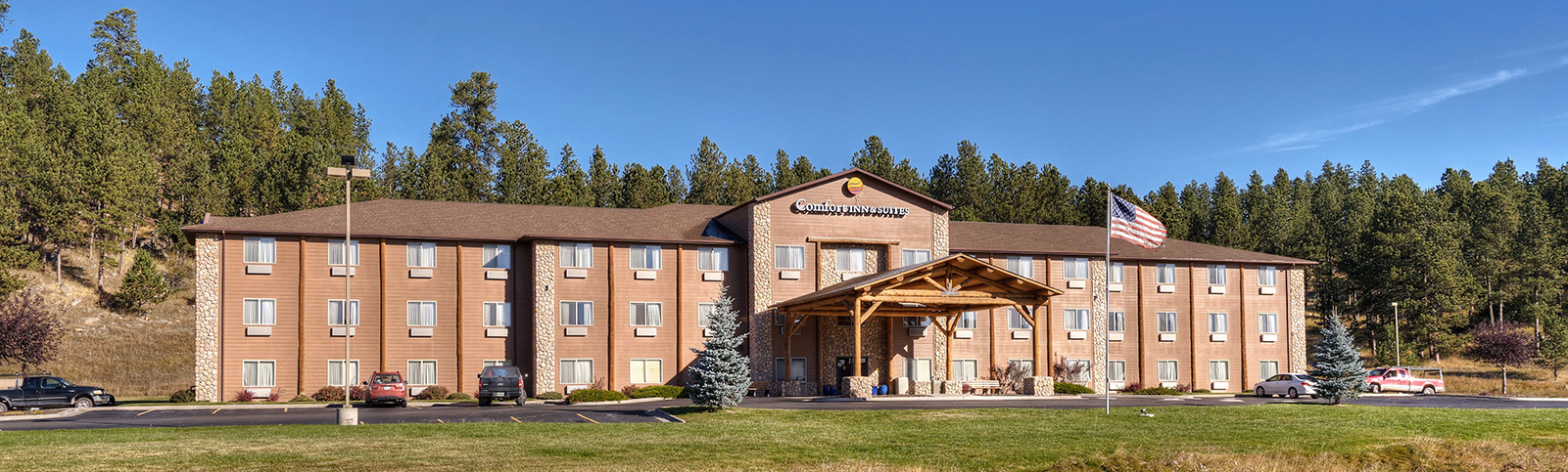 Custer South Dakota Comfort Inn and Suites Exterior